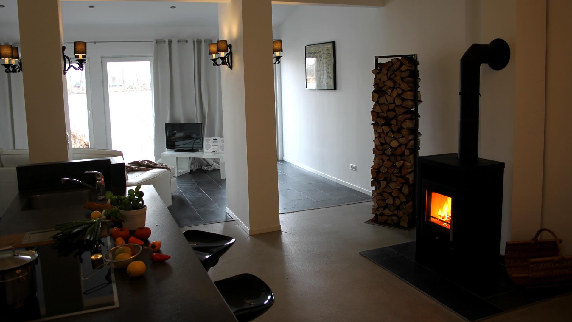 ferienwohnung werder wasserwerk. Black Bedroom Furniture Sets. Home Design Ideas